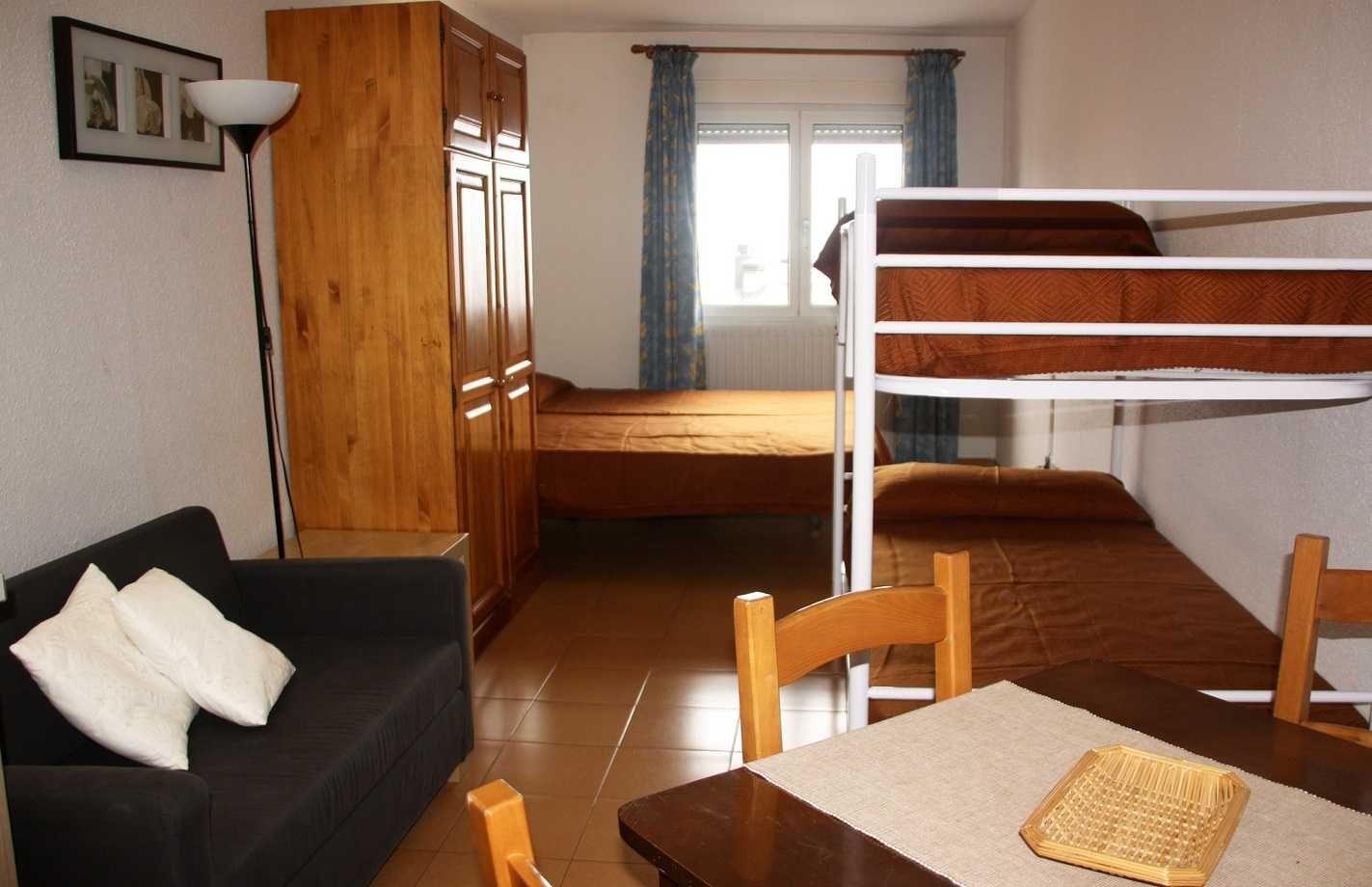 Apartamentos cims pas 3000 con traventia - Hotel cims pas de la casa ...